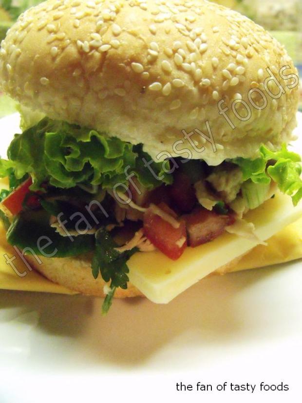 söğüş tavuklu sandviç