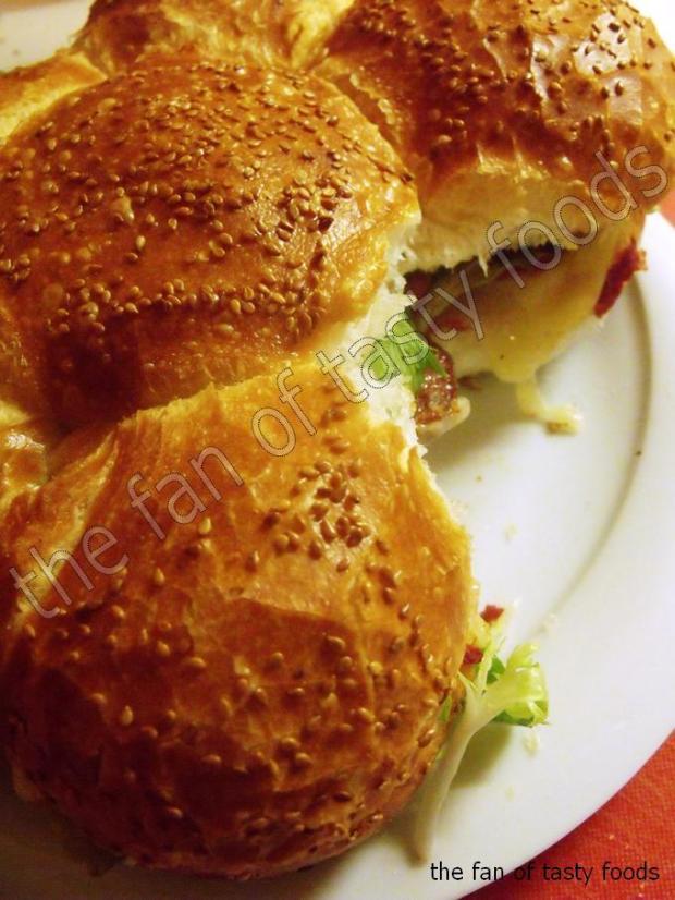karışık malzemeli sandviç