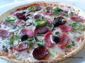 Lavaş Pizza Nasıl Yapılır?