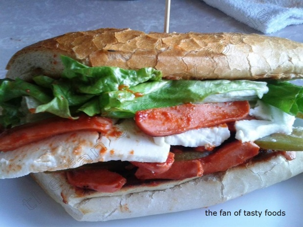 sosisli sandviç